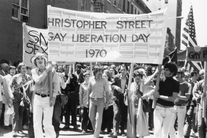 https _mashable.com_wp-content_gallery_pride-parades-over-the-years_street